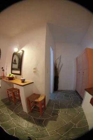 Cape Napos : interior