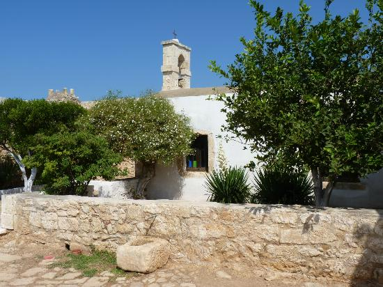 Ancient Aptera: Small monastery chapel