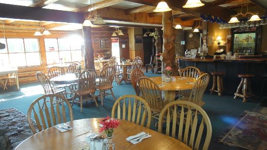 Hannagan Meadow Lodge: Dining Room