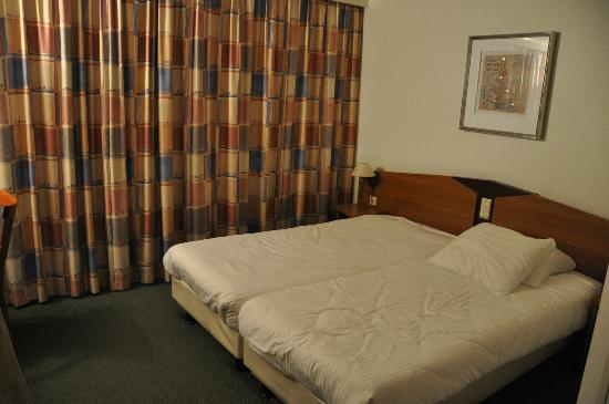 Avenue Hotel: habitacion
