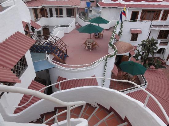 Hotel Mainao: vue des étages supérieurs