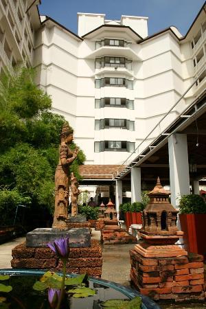 Woraburi Ayothaya Convention Resort : Entrance