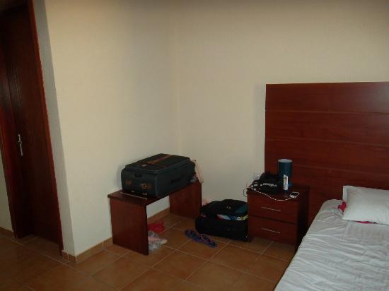 Maya Bay Hotel: room