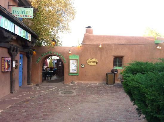Alley Cantina