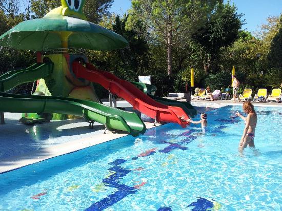 Camping Village Garden Paradiso : Piscina