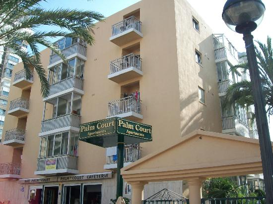 Front view of Palm Court Apartments