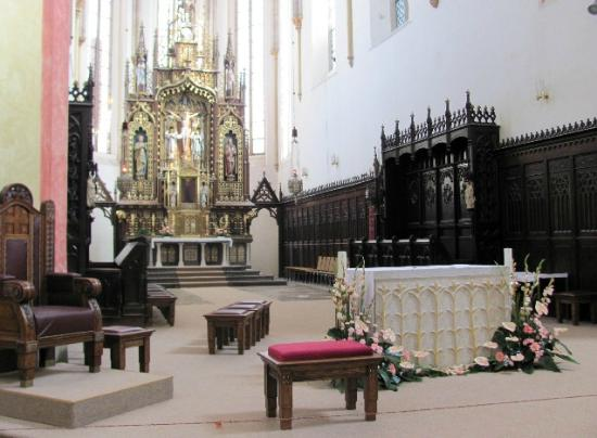 Presentation of Virgin Mary Church : interior
