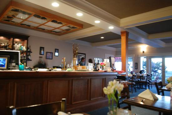 Maggie's on the Prom: Inside the restaurant