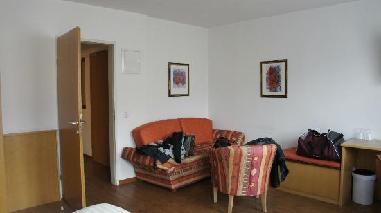 Pension Zillertal: un'angolo della stanza