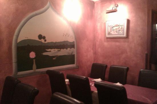 Sidmouth Tandoori: Beautiful Murals!