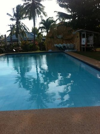 Alona Palm Beach Resort and Restaurant: ok pool