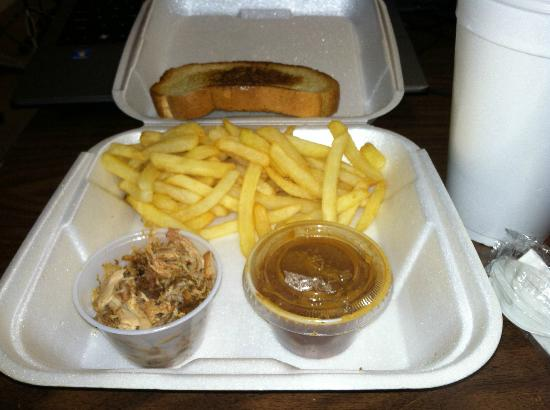 Kay's Real Pit Bar-B-Q: Pulled Pork Lunch