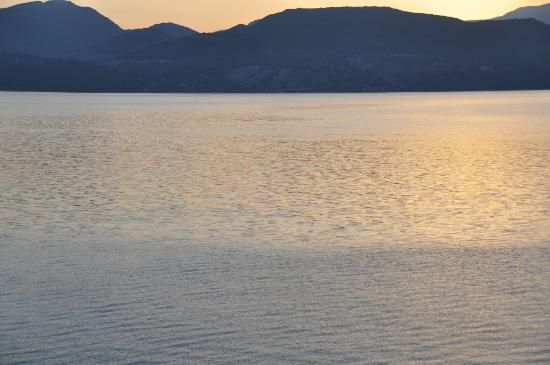 Hotel Florena Episkopos: sunrise 