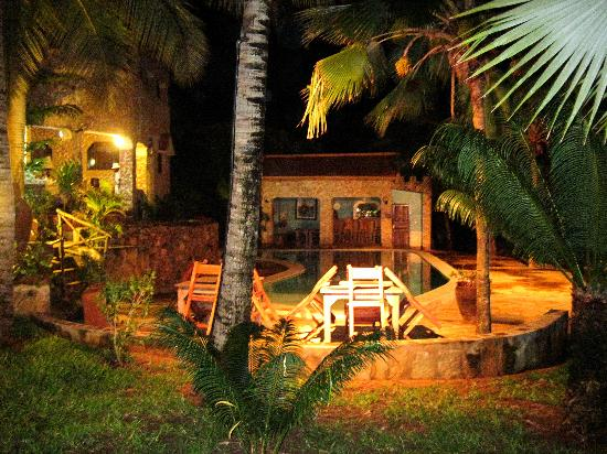 Tembo Village Resort Watamu: la sera 