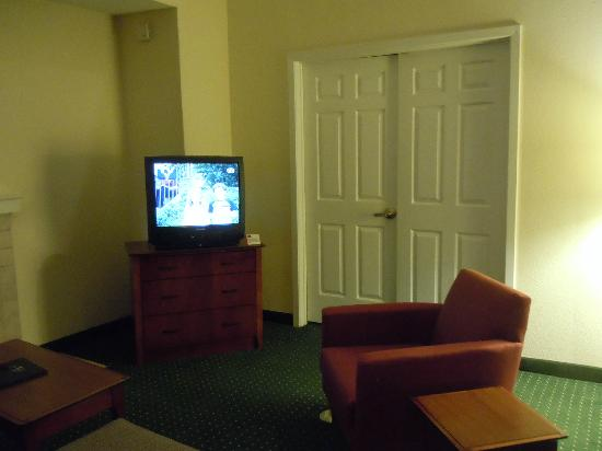 Residence Inn Winston-Salem University Area: Separat master suite just beyond the doors....