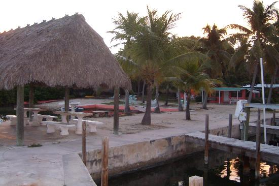 Rock Reef Resort: View From Dock