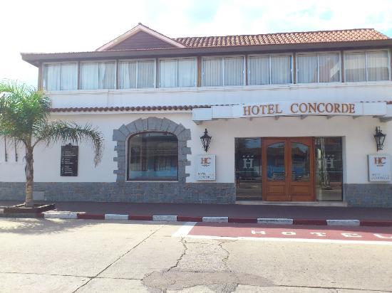Hotel Concorde: Atendimento excelente, café da manhã muito gostoso, localizado ao final da Av. Gorlero.