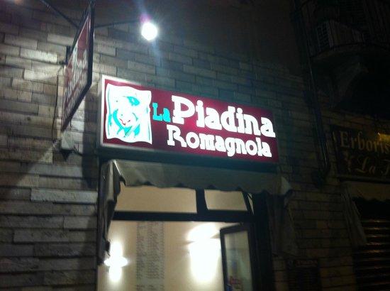 La Piadina Romagnola: DAL 1999 PIADINA DI QUALITA'