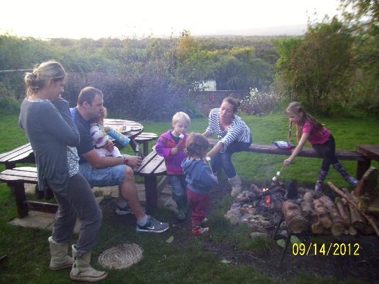 Larkhill Tipis and Yurts: Marshmallows around the fire