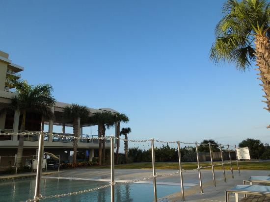 Marriott's Crystal Shores: from the pool, facing the beach
