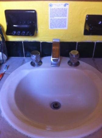 Estrella Del Mar Resort Mazatlan: old sink