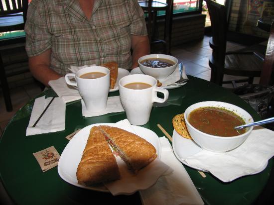 The Bison Cafe: Nine bean soup & sandwitch.