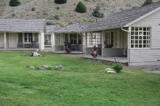 Mammoth Hot Springs Hotel & Cabins: Les bungalows