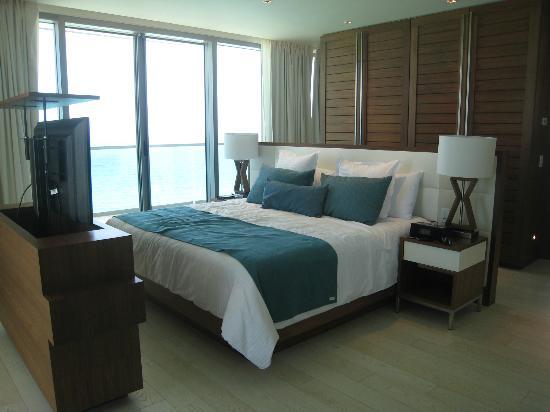 Secrets The Vine Cancun : Oceanfront Master Suite Beautiful!