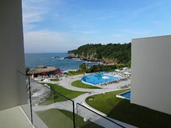 Secrets Huatulco Resort & Spa: View from the room