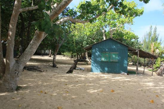 Captain Cook's Hideaway: beachfale