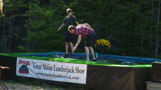 Timber Tina's Great Maine Lumberjack Show: log running