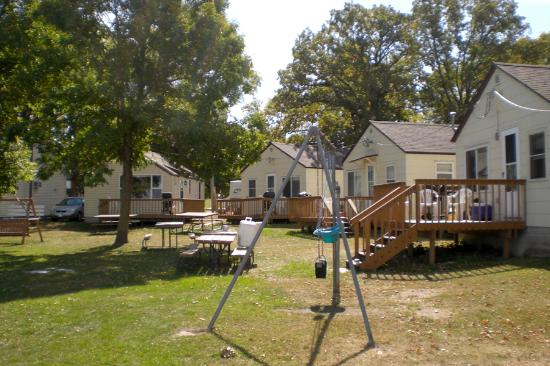 Midway Beach Resort and Campground: MidwayBeachResorts cabins