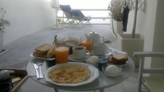 Oia Suites: Frühstücksbeispiel