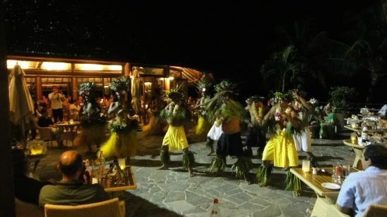 Hilton Moorea Lagoon Resort & Spa : Evening Entertainment
