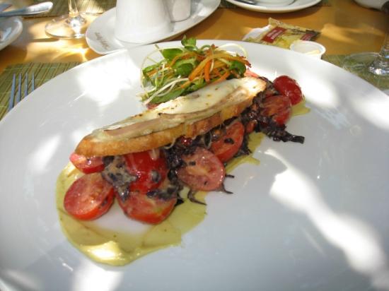 Chez Saint-Pierre : Délicieux sandwich pour le lunch