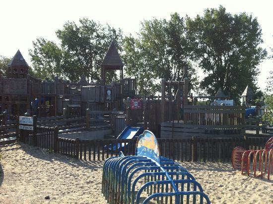 North Beach Park: One side of the park.