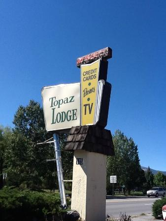 Topaz Lodge: Very 50s style!