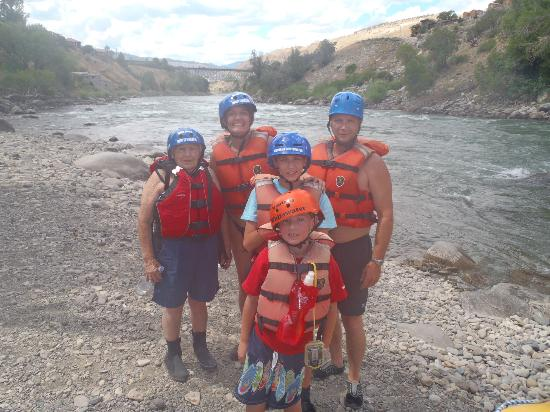 Montana Whitewater Rafting and Zipline on the Yellowstone River Day Trips: Montana Whitewater