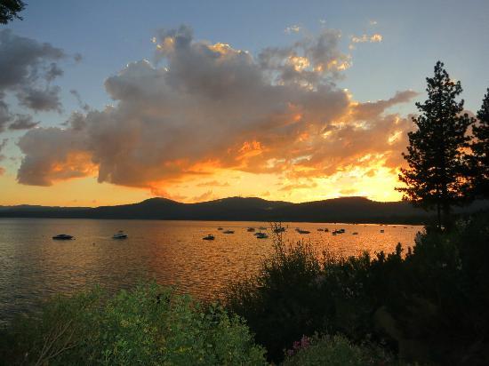 Tahoe Photographic Tours : North Lake Tahoe sunset!