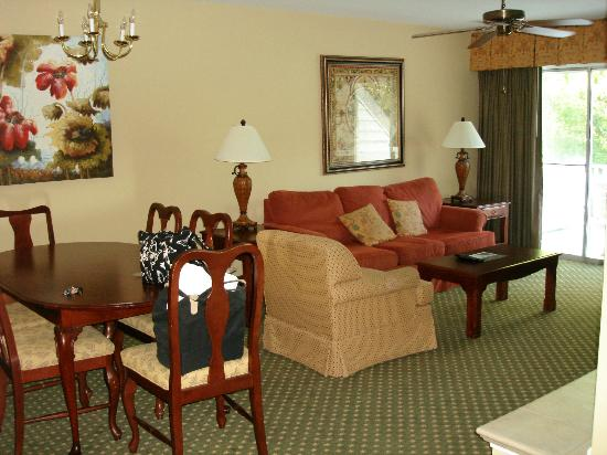 The Historic Powhatan Resort: Living Room
