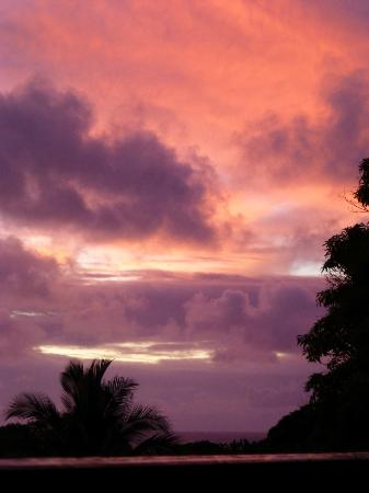 Hana Paradise Cottages: sunset view from property