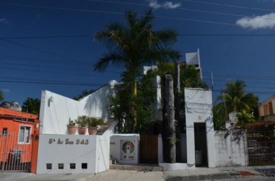 Mi Casa en Cozumel: View from the street