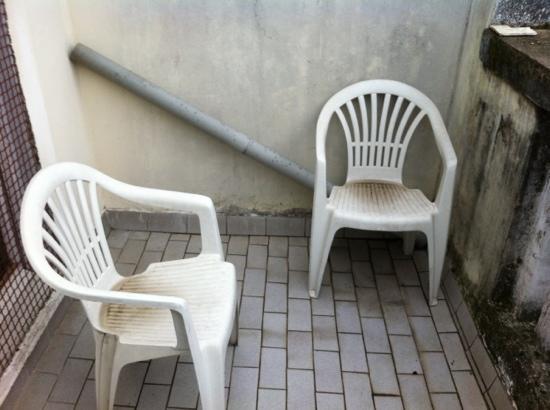 Ambra: para sentarse a charlar