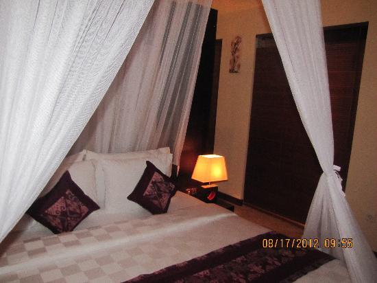 RC Villas & Spa: Bed