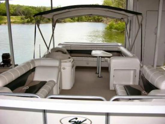 Vickery Resort On Table Rock Lake: Rent a Pontoon