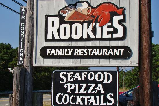 Rookie's Family Restaurant : Rookie's