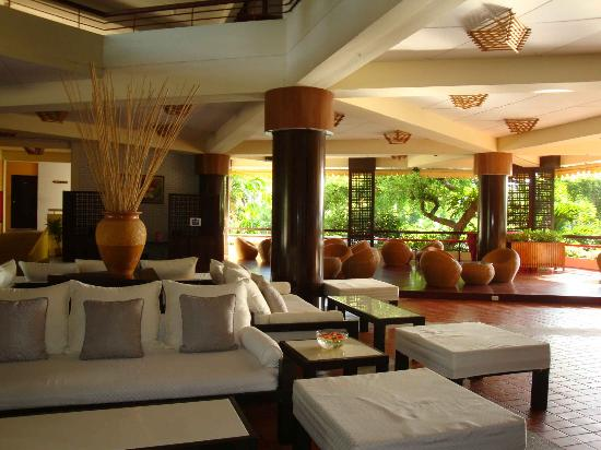 Beach Garden Hotel: Hotel Cosy Lobby