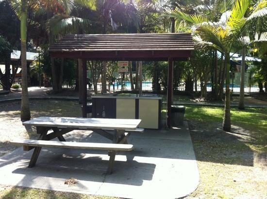 Lani's Holiday Island : BBQ facilities