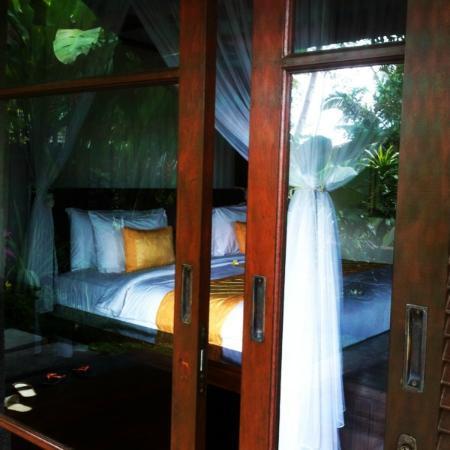 بيداداري برايفيت فيلاز آند ريتريت: Villa Tunjung - Ground Floor (Bedroom) 