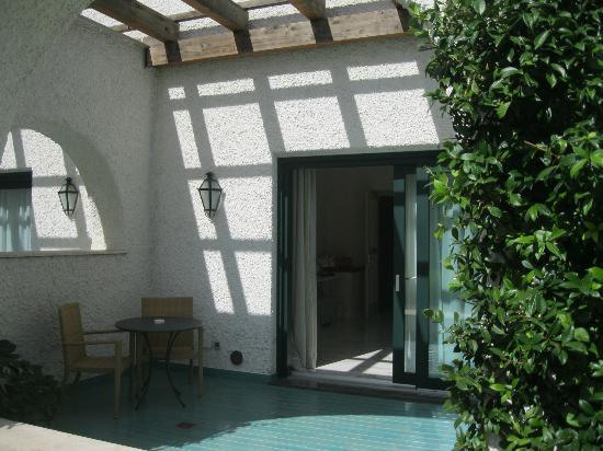 Garden & Villas Resort: balcone